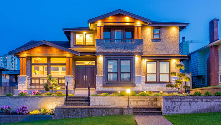 Top 5 exterior home improvement projects to consider before moving